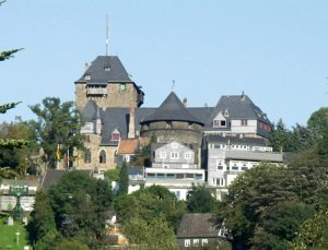Serenade auf Schloss Burg (24.06.2018 19:00)